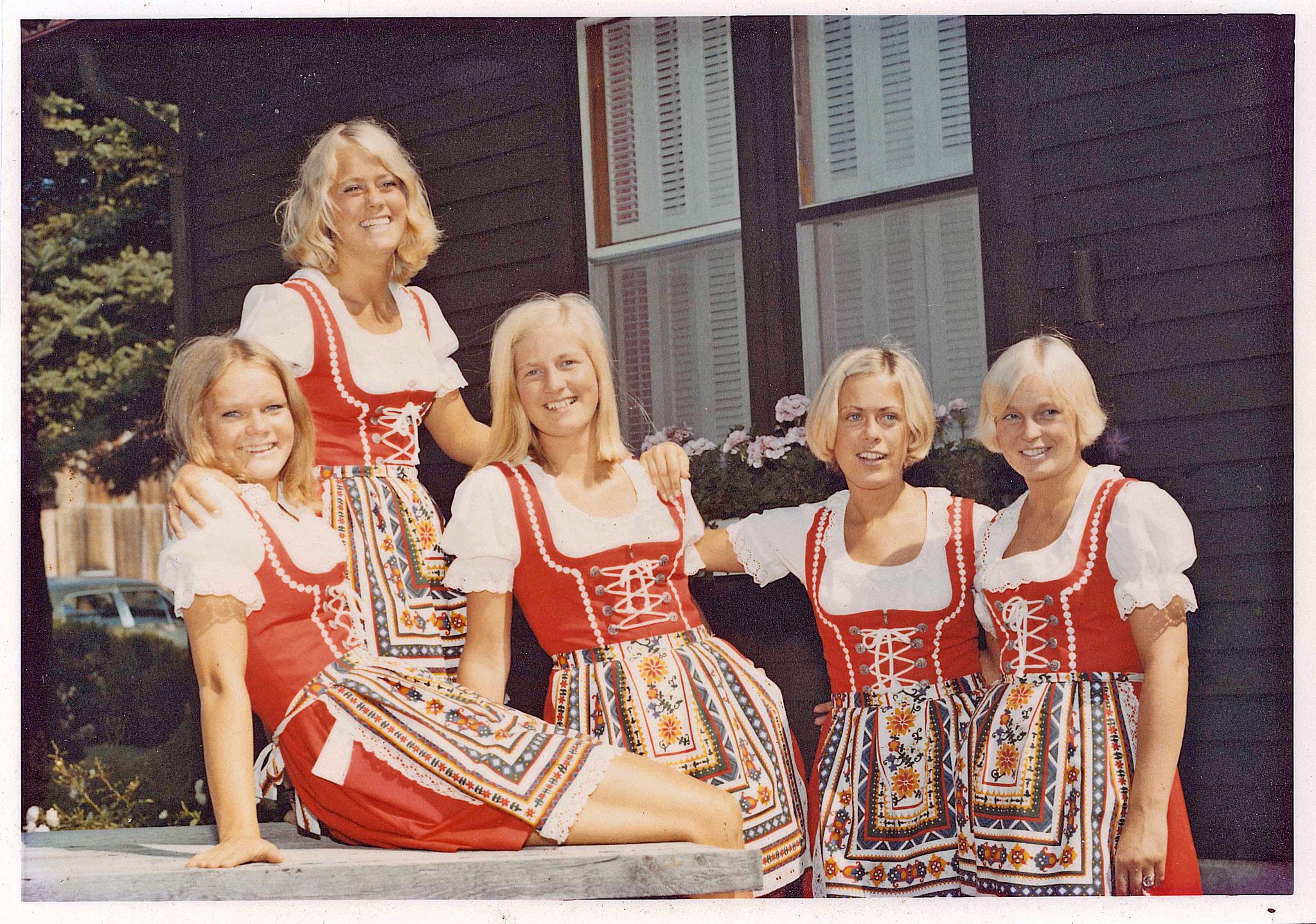 Swedish waitresses 1972